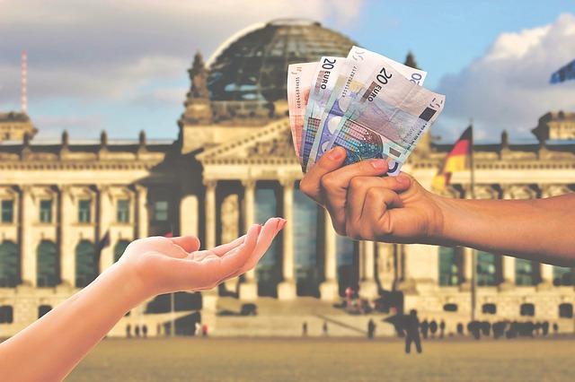 quy đổi tiền euro sang đô la mỹ