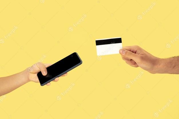Thẻ vay tiền mặt là gì