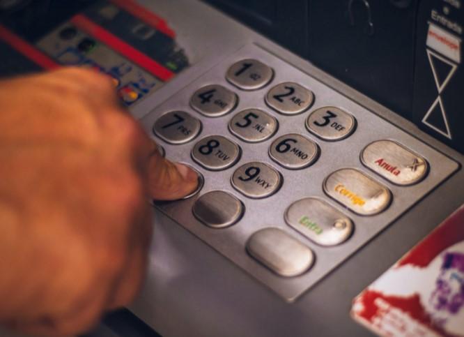Lịch sử về máy ATM trên thế giới
